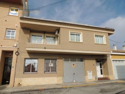 6 Bedroom townhouse in Los Montesinos