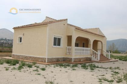 Rustic land of 10297 meters with new housing