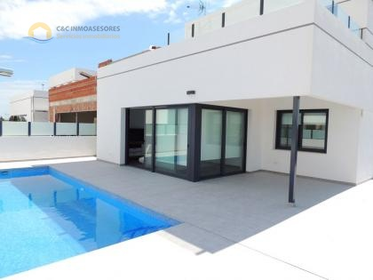 Stunning new villas with private pool in Dolores