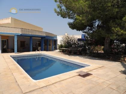 Rustic villa with private pool and 5800 meters land