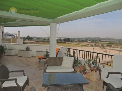 2 bedrooms and 2 bathrooms penthouse with spectacular terrace