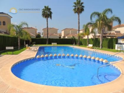 Beautiful 2 bedroom 2 bathroom house in El Raso