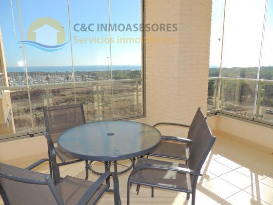 Nice sunny apartment with seaviews