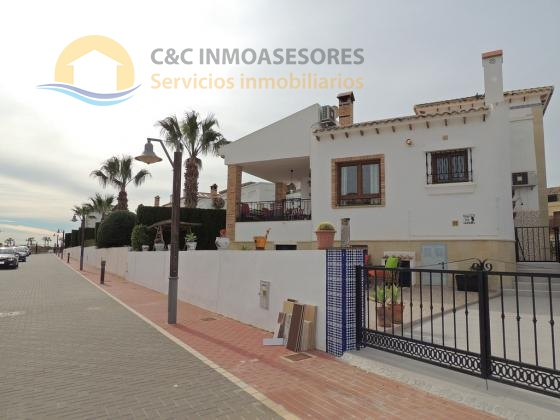 5 Bedroom 3 bathroom villa nearby the golf course