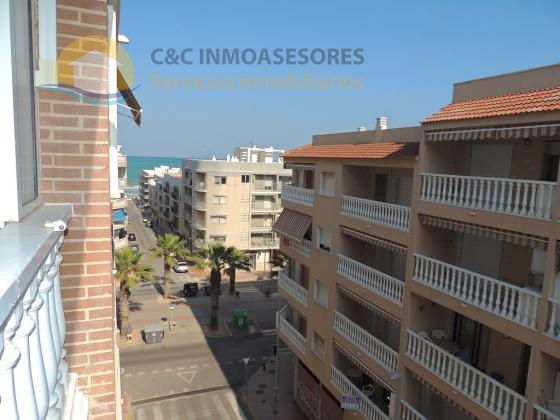 2 Bedroom apartment close to the beach