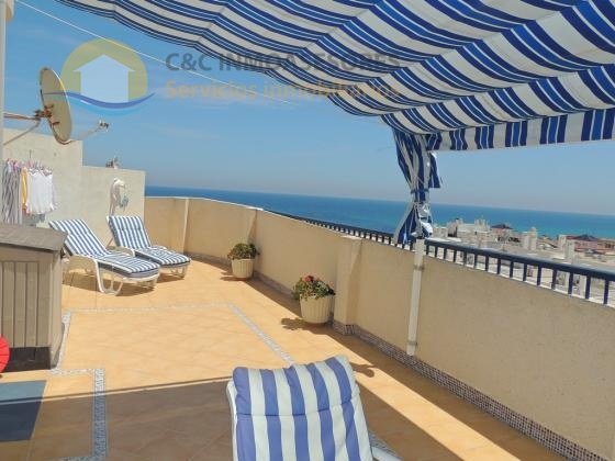 Lovely south facing penthouse with amazing sea views