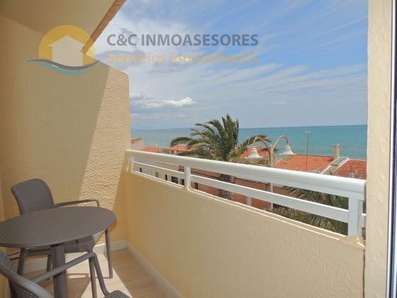 Fresh new modern apartment beachfront Guardamar