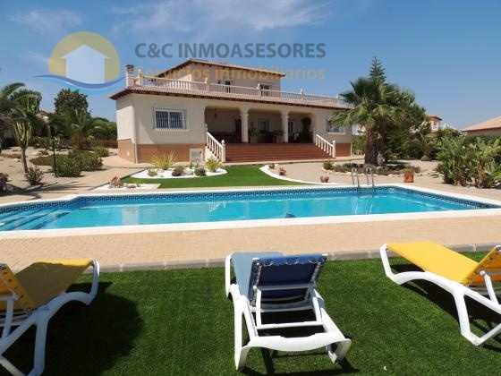 Stunning villa A plus condition near Murcia