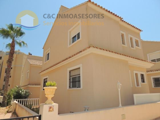 3 Bedroom villa very close to the beaches