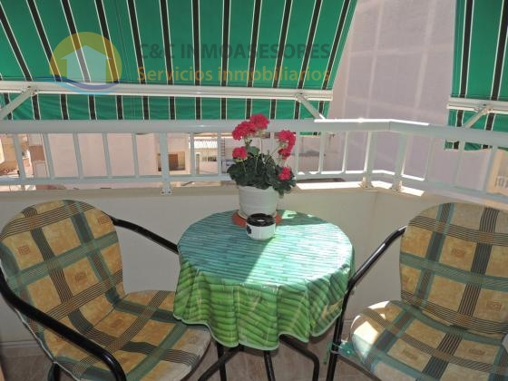 2 bedroom apartment with storage room in good situation
