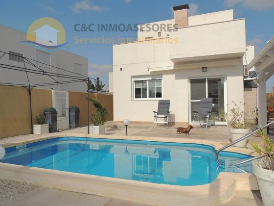Stunning villa for a very sharp price!