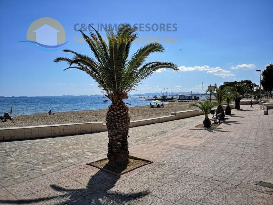 Ground floor apartment 300 meters from the beach