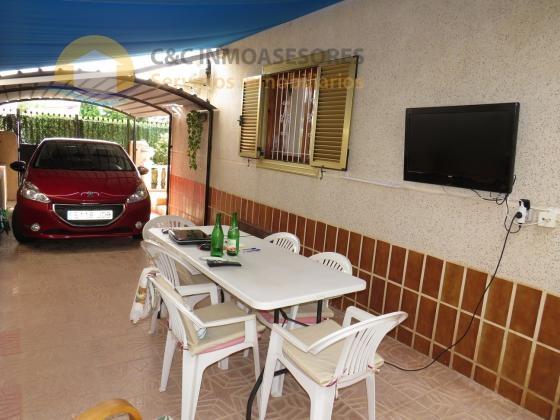 House 600 meters from the beach