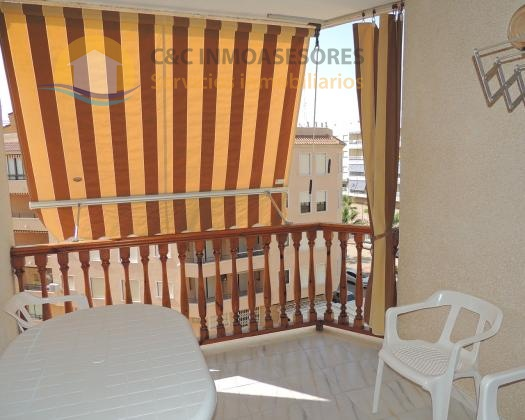 2 bedroom apartment 1 bathroom close to the beach