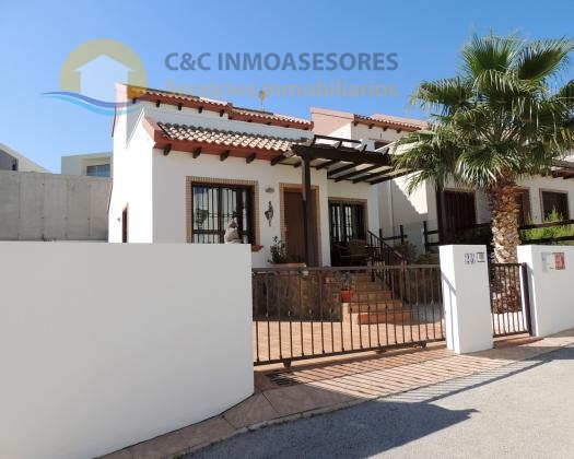 Lovely 2 bedroom 2 bathroom ´new´ villa in Rojales