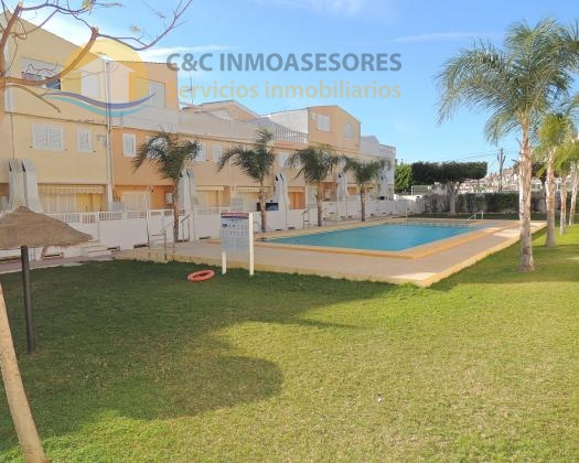 Nice duplex with several terraces and close to the beaches