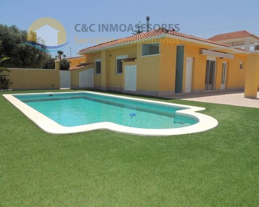 Amazing villa with private pool, new!!