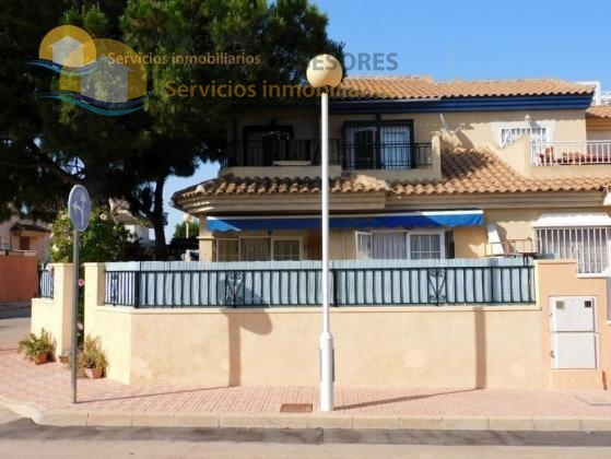 Fantastic villa with garden 500 meters from the beach