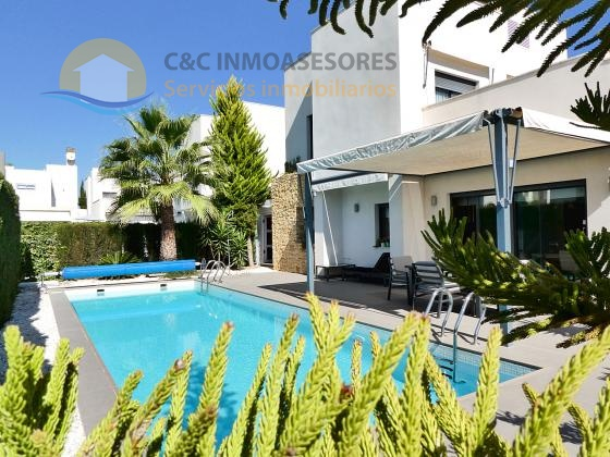 Lovely 3 bedroom Modern villa with a big private pool - Rojales