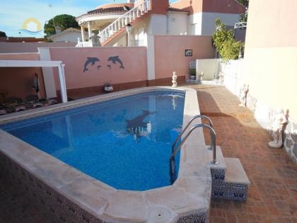 6 Bedroom villa in Torrevieja