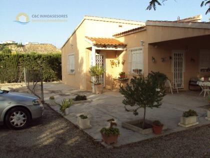 Finca of 120m2 on a 2000m2 plot