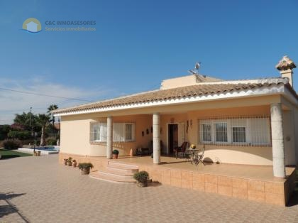 Beautiful villa with private pool Orihuela
